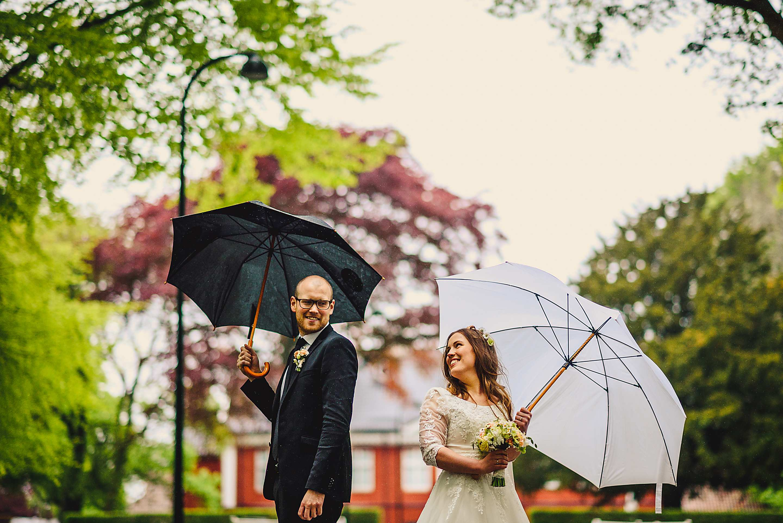 cotswolds wedding photographer 017