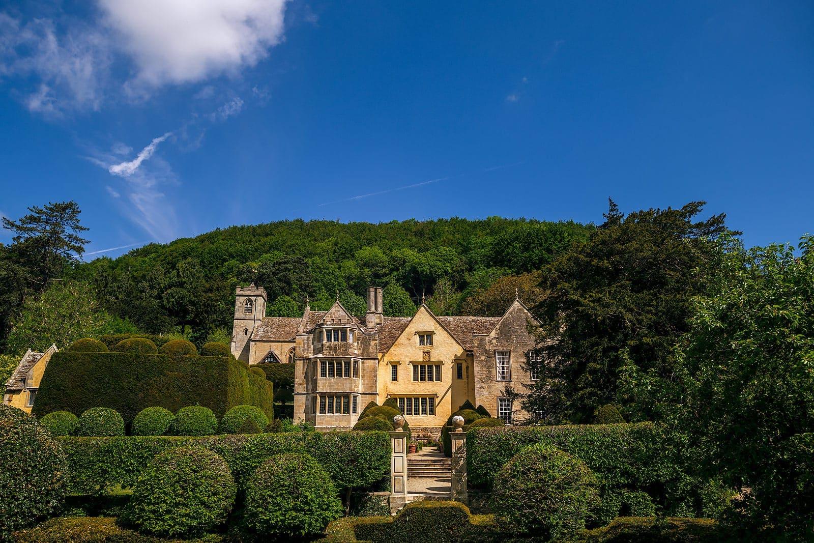 Owlpen Manor Cotswolds wedding venues